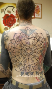 resonanteye geometric mandala back tattoo in progress
